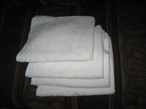 """1 מגבת פנים לבנה 50X70 ס""""מ (400 גרם למטר)"""